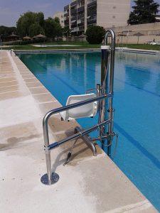 Grua piscina Madrid